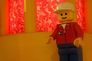 image of a worker lego man how to find a good plasterer