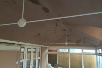 image showing insulated conservatory roof after it has been plastered