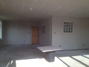 image plasterboarding stud walls
