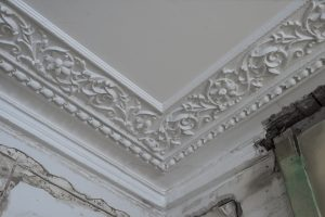 image of damaged plaster coving in need of cornice restoration